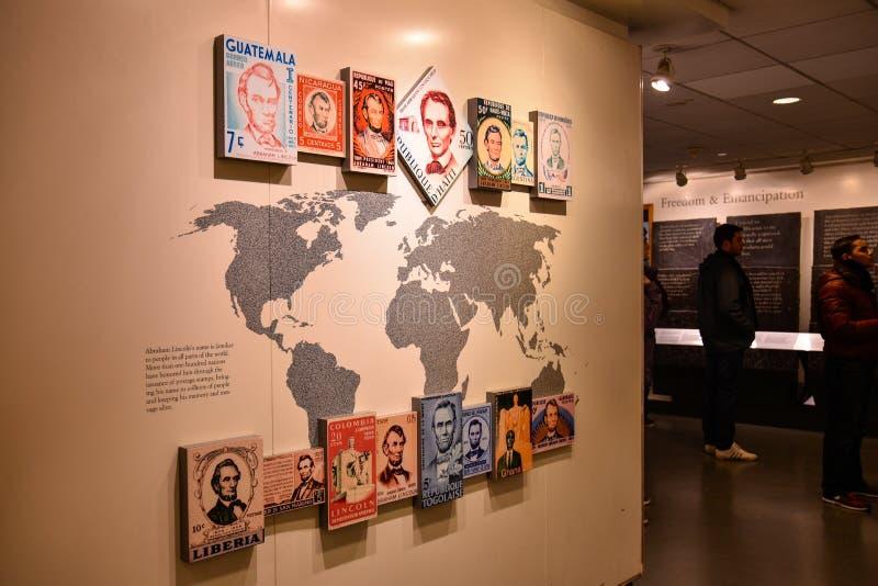 Washington DC, USA Eintrittshalle zu Abraham Lincoln mit Austeilung der Briefmarke lizenzfreie stockfotos