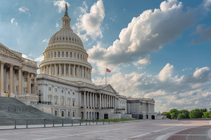 Washington DC USA-Kapitoliumbyggnad på solnedgången fotografering för bildbyråer
