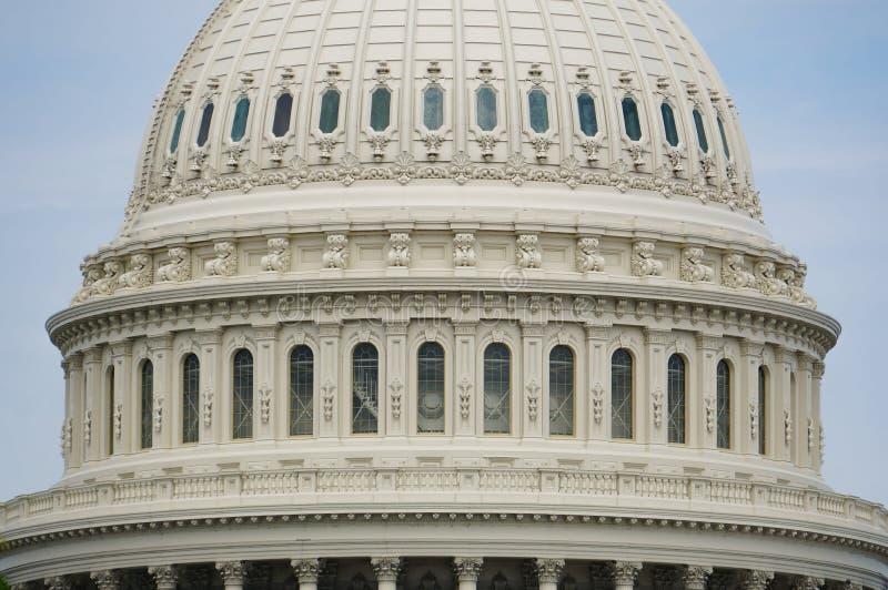 Washington DC, USA 08 18 2018 Yttersida för USA-Kapitoliumkupol i detalj close upp dag arkivbild