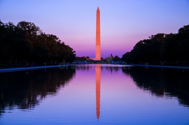 Washington DC, Washington Monument bij zonsondergang royalty-vrije stock afbeeldingen