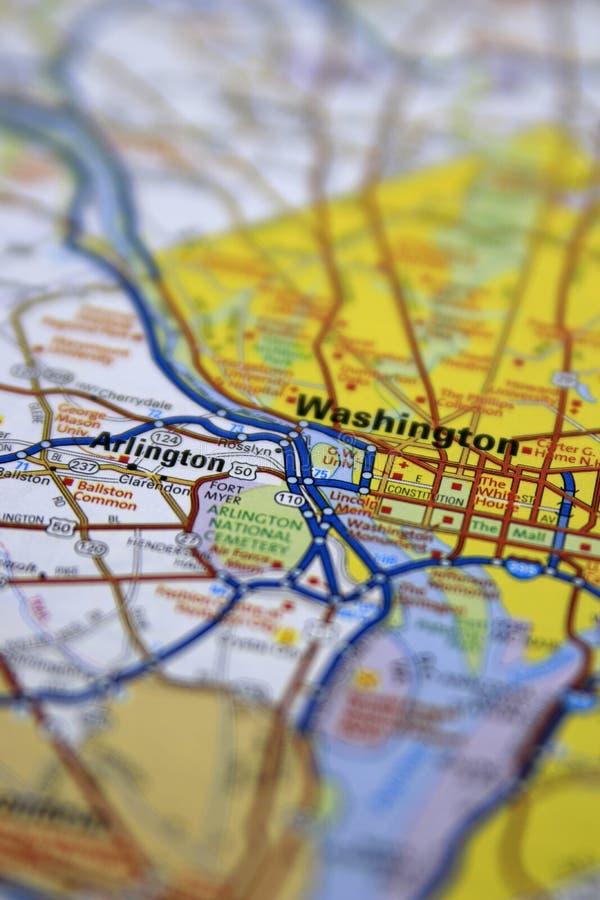 Washington DC ześrodkowywał na papierowej mapie samochodowej z limitowaną ostrością zdjęcie stock