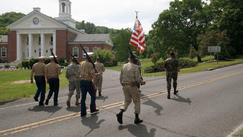 Washington Depot, CT, de V.S. 05 30 2016 de paradedeelnemers van de veteranendag royalty-vrije stock foto's