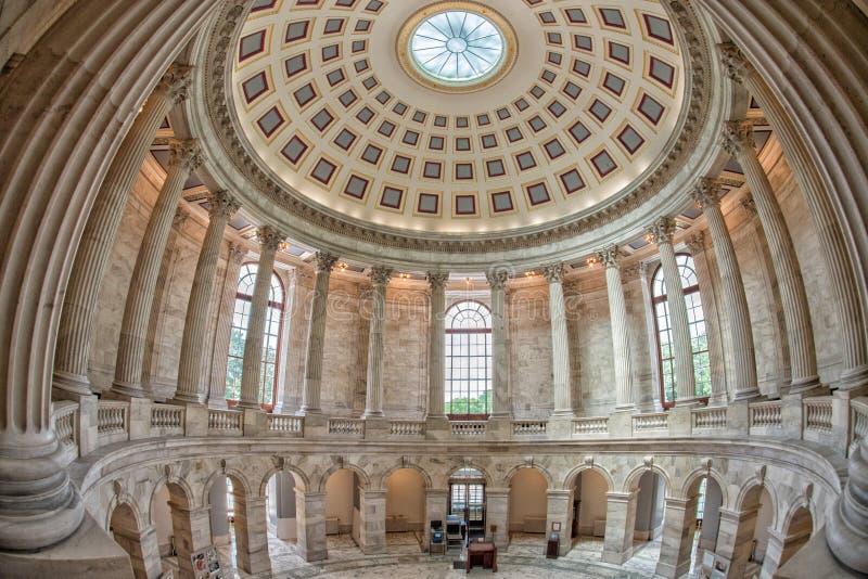 WASHINGTON, los E.E.U.U. - 23 de junio de 2016 - capitol del senado del edificio de Russel en la C.C. de Washington fotografía de archivo libre de regalías