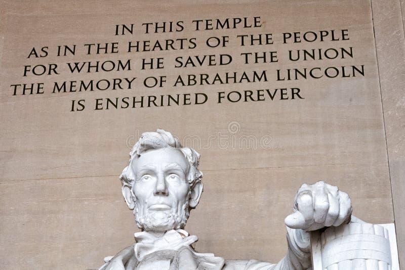WASHINGTON, los E.E.U.U. - 24 de junio de 2016 - estatua de Lincoln en el monumento en Washington DC foto de archivo