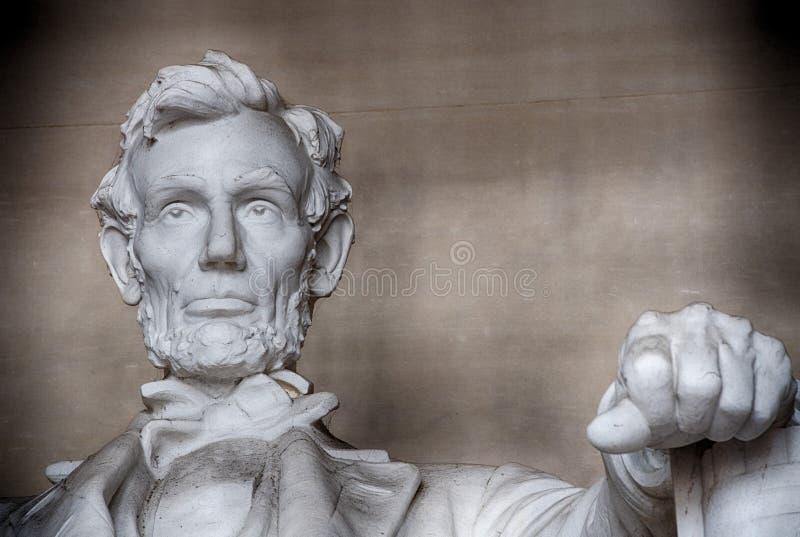 WASHINGTON, los E.E.U.U. - 24 de junio de 2016 - estatua de Lincoln en el monumento en Washington DC fotos de archivo libres de regalías