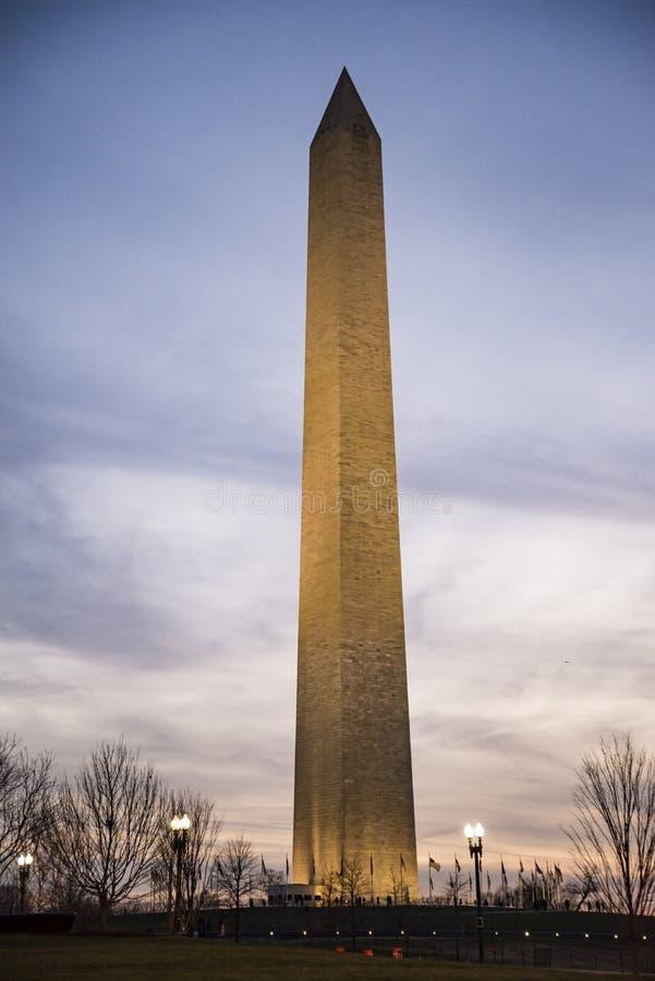 Download Washington Monument stock foto. Afbeelding bestaande uit gezichten - 107705458