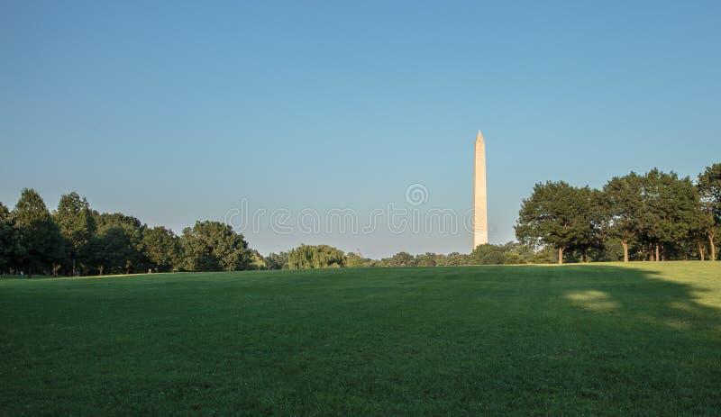 Washington Monument bij gouden uur royalty-vrije stock foto