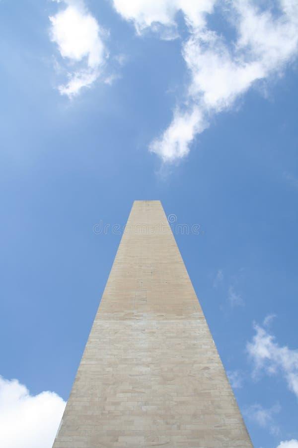 Washington Monument die skyward kijken stock foto