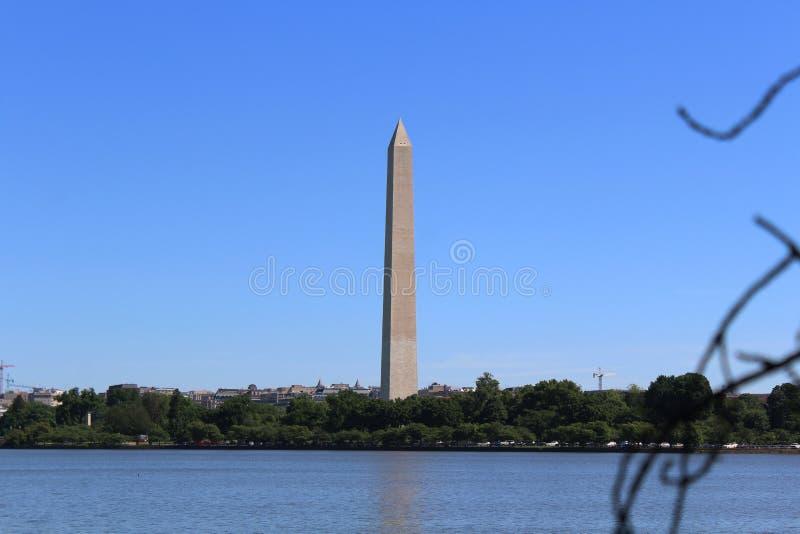 Washington Monument elevando-se fotos de stock royalty free