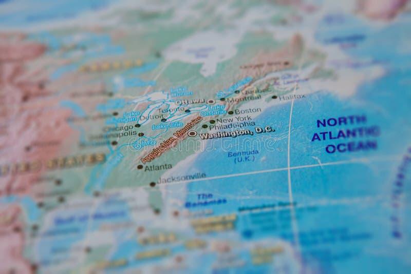 Washington no fim acima no mapa Foco no nome da cidade Efeito do Vignetting imagem de stock