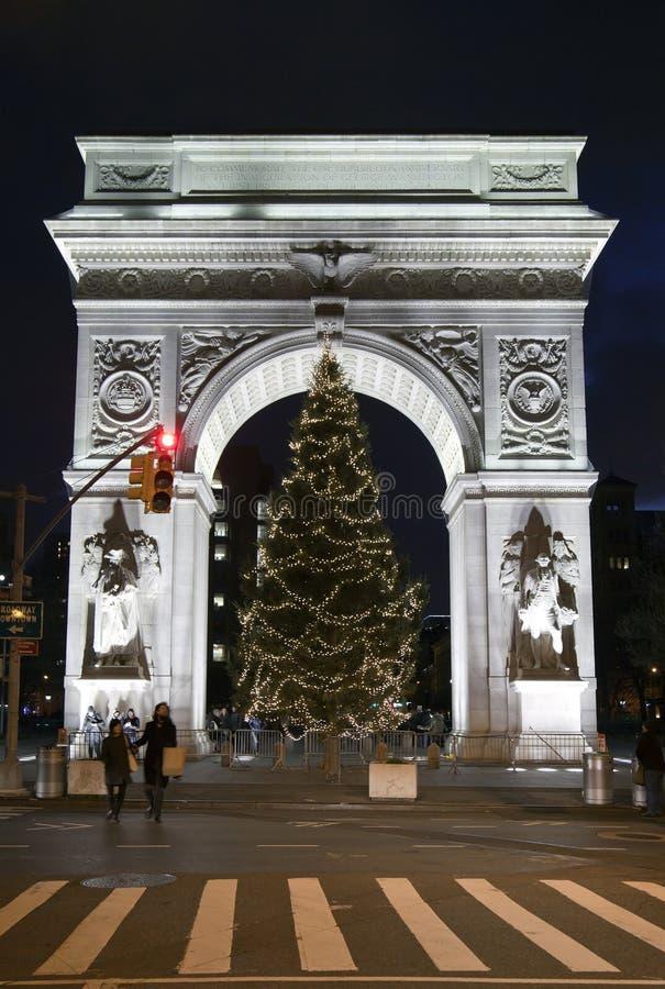 Albero Di Natale Washington.Washington Square Park Durante Il Natale Immagine Stock Editoriale Immagine Di Parco Albero 64105424
