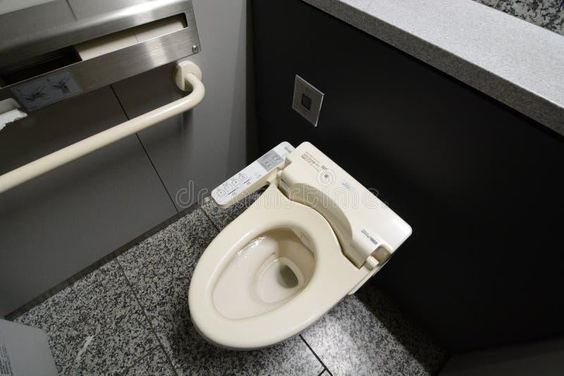 Washlet dans une toilette publique Tokyo japan photo stock