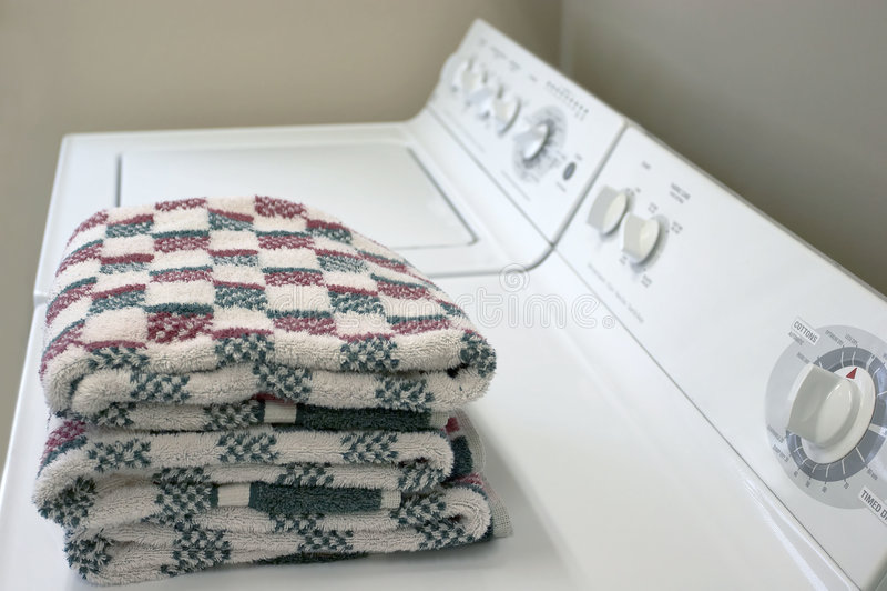 Wasmachine en Droger stock foto's