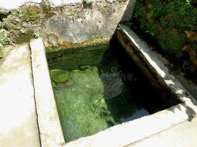 Wasser gut in der Südchina stockbild