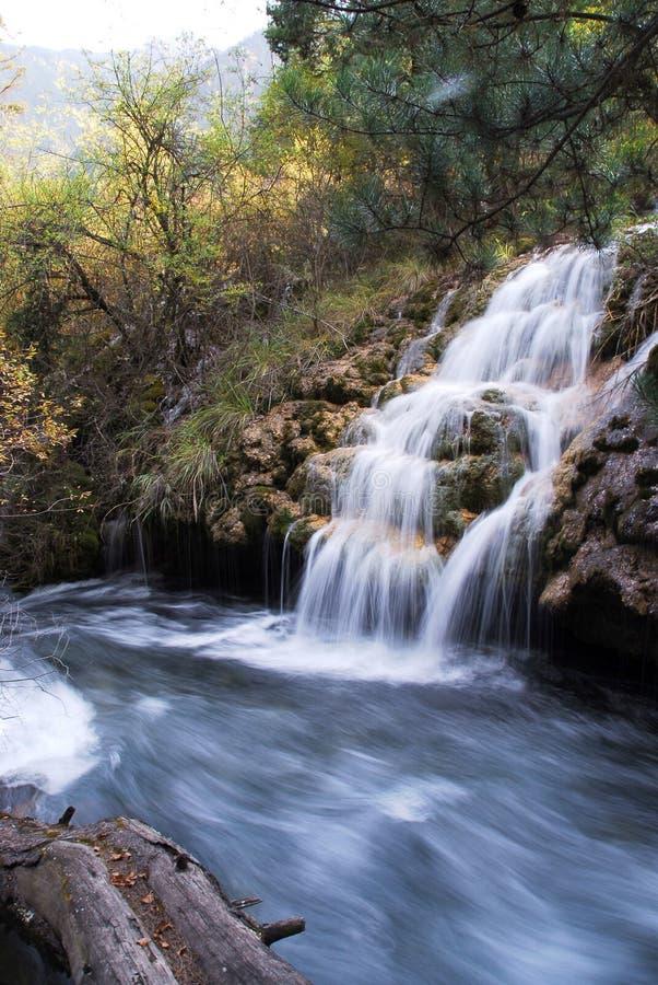 Wasser in Jiuzhai lizenzfreie stockbilder