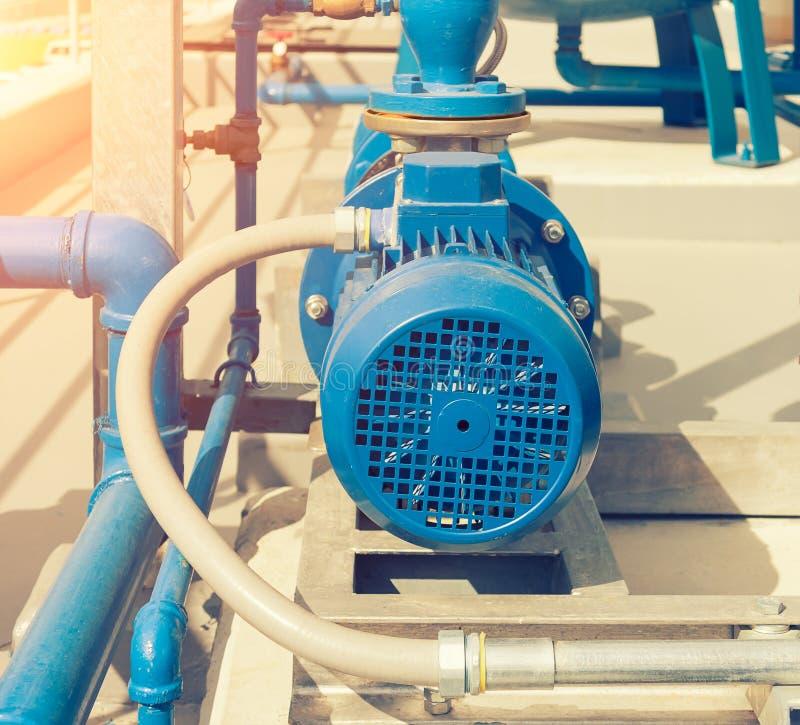 Wasser-Pumpstation lizenzfreies stockbild