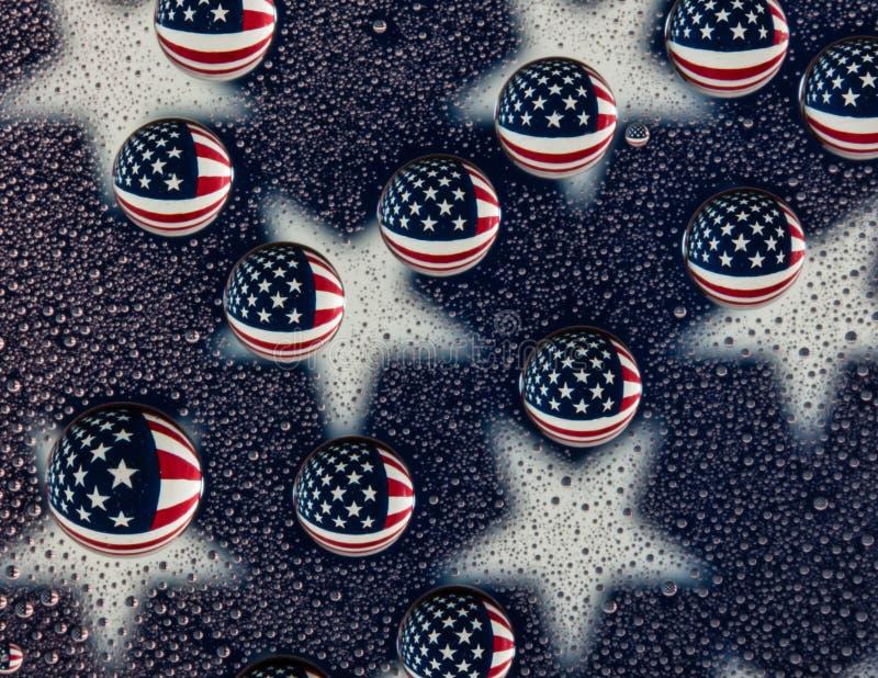 Wasser-Tropfen-amerikanische Flagge stockfoto