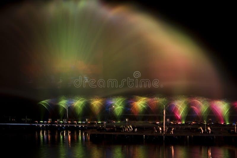 Wasser-und Leuchte-Erscheinen stockfotografie