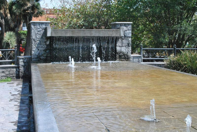 Wasserbrunnen in Santiago de Queretaro, Queretaro, Mexiko lizenzfreie stockfotografie