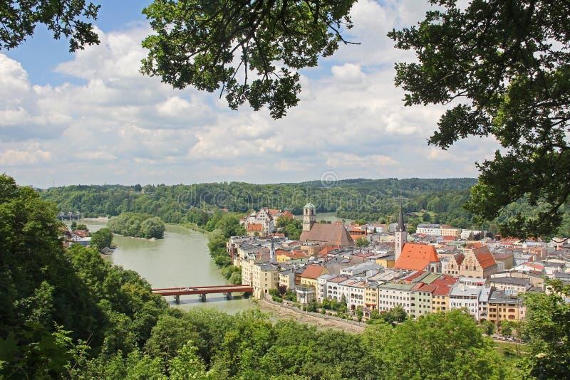 Wasserburg velho da cidade, bavaria, vista do ponto da vigia imagens de stock