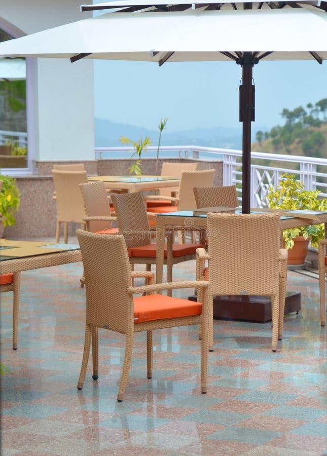 Wasserdichte Möbel im Freien lizenzfreies stockbild