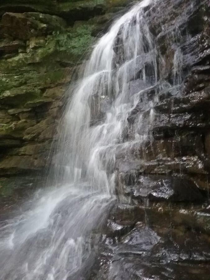 Wasserfälle Millwood Ohio lizenzfreie stockfotos