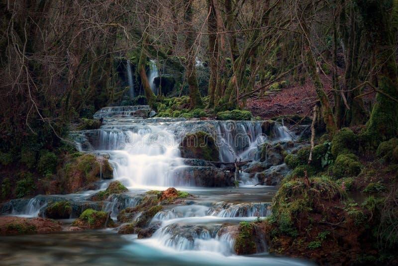 Wasserfälle nahe der Quelle des Flusses Aniene stockfoto