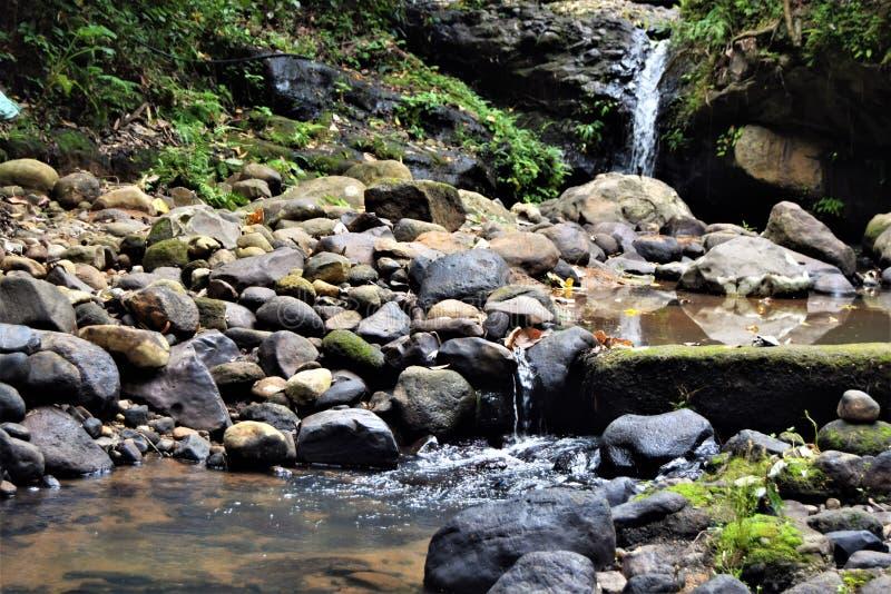 Wasserfälle Subic Bay Philippinen EL Kabayo stockbild