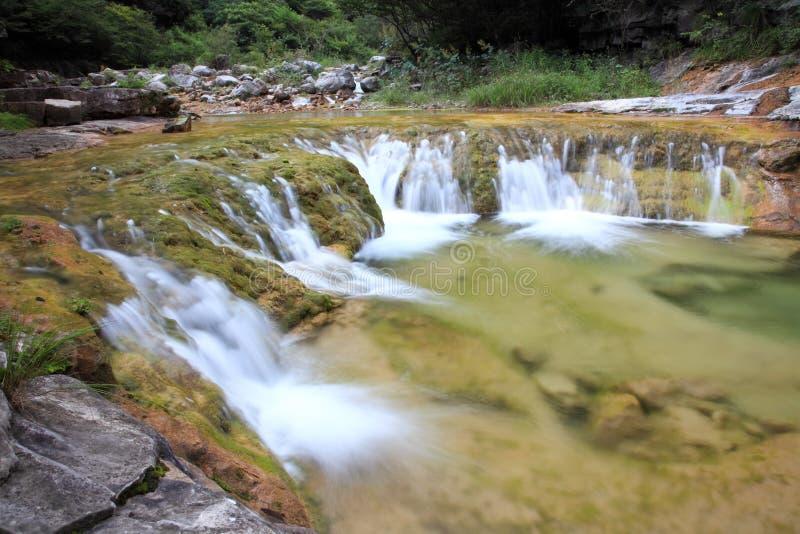 Wasserfälle und Kaskaden YUN-Tai des Berges China lizenzfreies stockbild