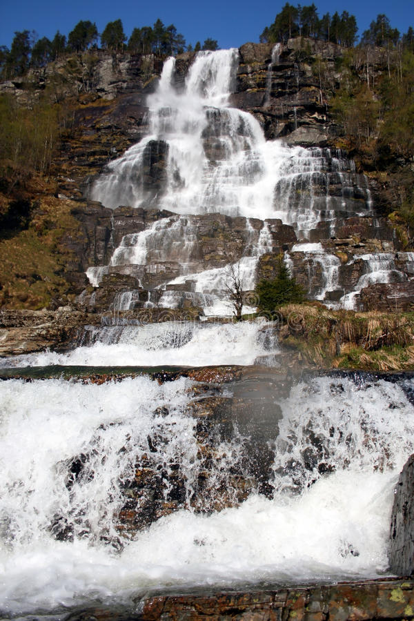 Download Wasserfall stockfoto. Bild von frech, welt, nave, draußen - 26351796
