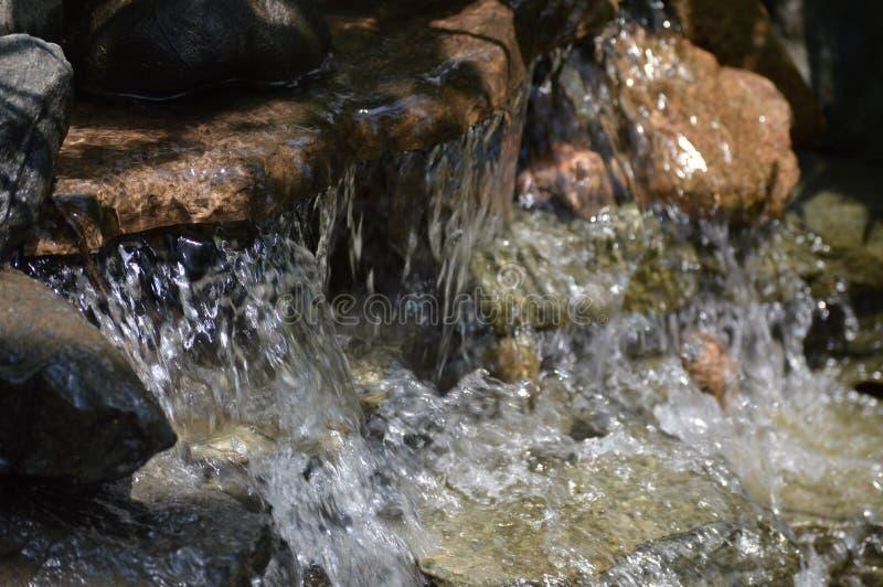 Download Wasserfall stockbild. Bild von unschärfe, abenteuer, zweig - 96933859