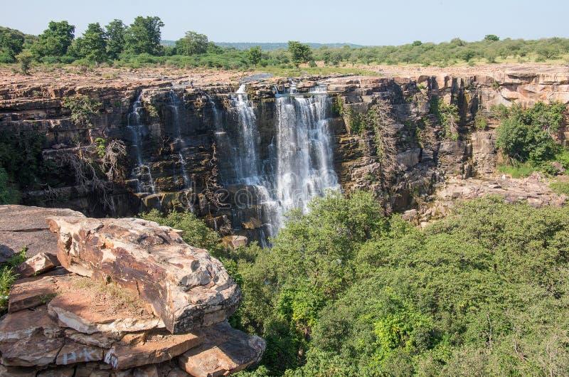Wasserfall Bhimlat Mahadev lizenzfreie stockbilder