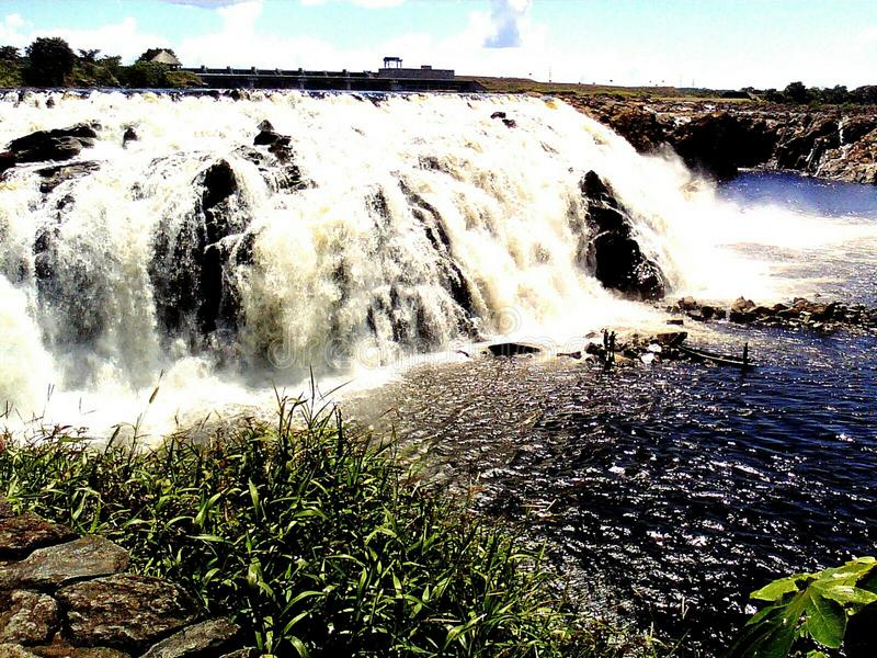 Wasserfall das Grün Nieselregen BolÃvar Venezuela lizenzfreies stockfoto