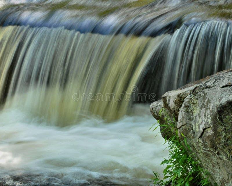 Wasserfall-Detail stockbild