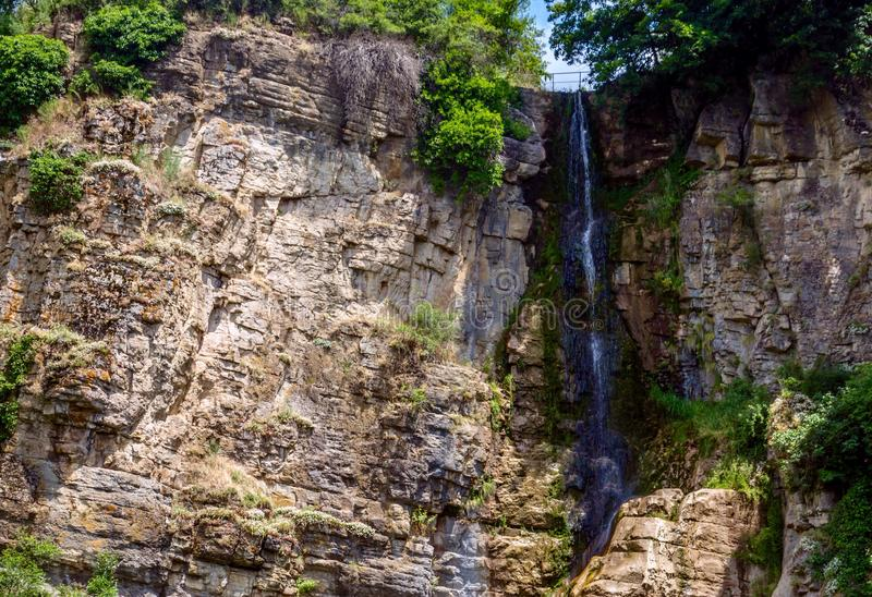Wasserfall - Gara Bov, Bulgarien stockfoto