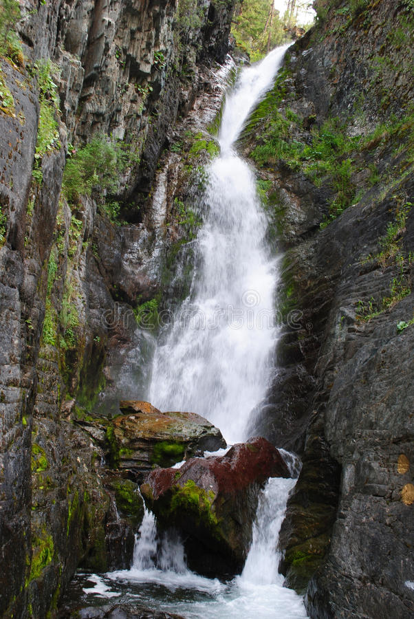Wasserfall hoch stockfotos