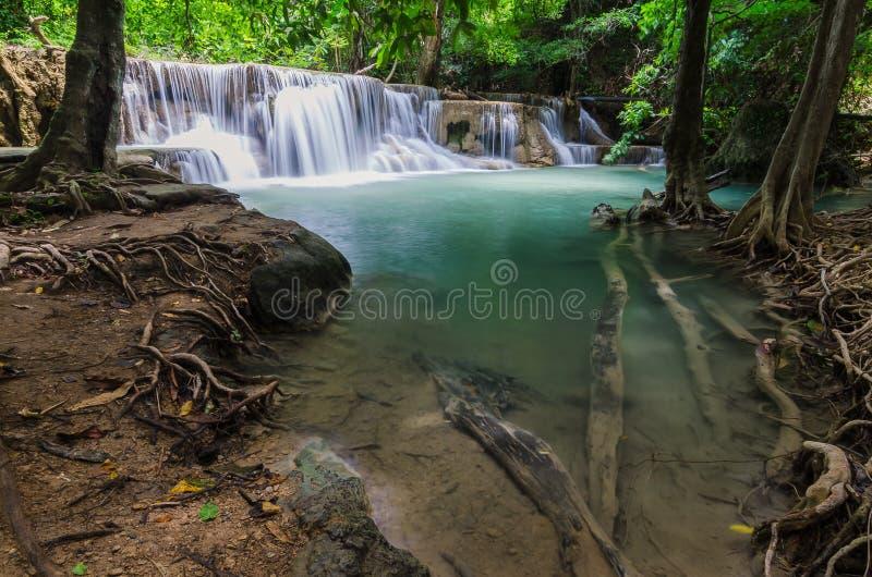 Wasserfall in Kanchanaburi, Thailand psd stockfoto