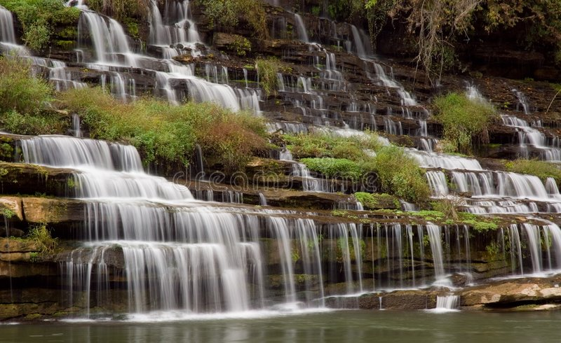 Wasserfall-Kaskade lizenzfreie stockfotografie