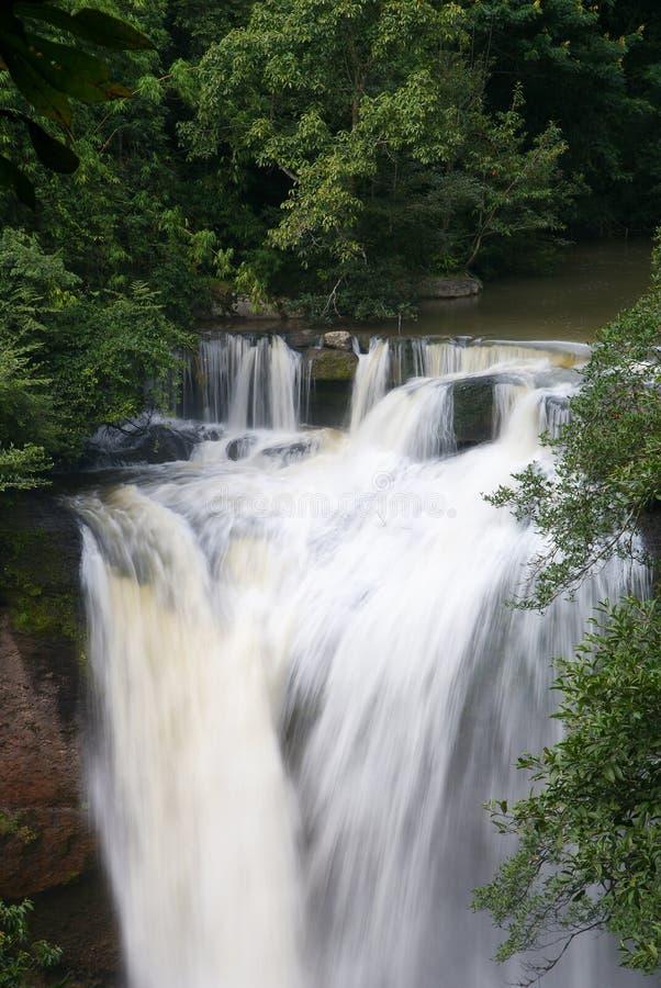 Wasserfall-Natur-Landschaft stockbild