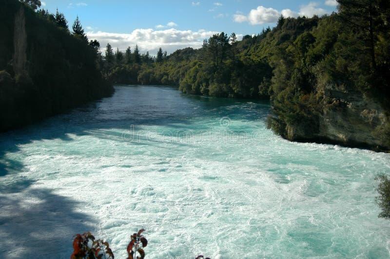 Download Wasserfall-Pool stockfoto. Bild von outdoor, schnell, pool - 862806