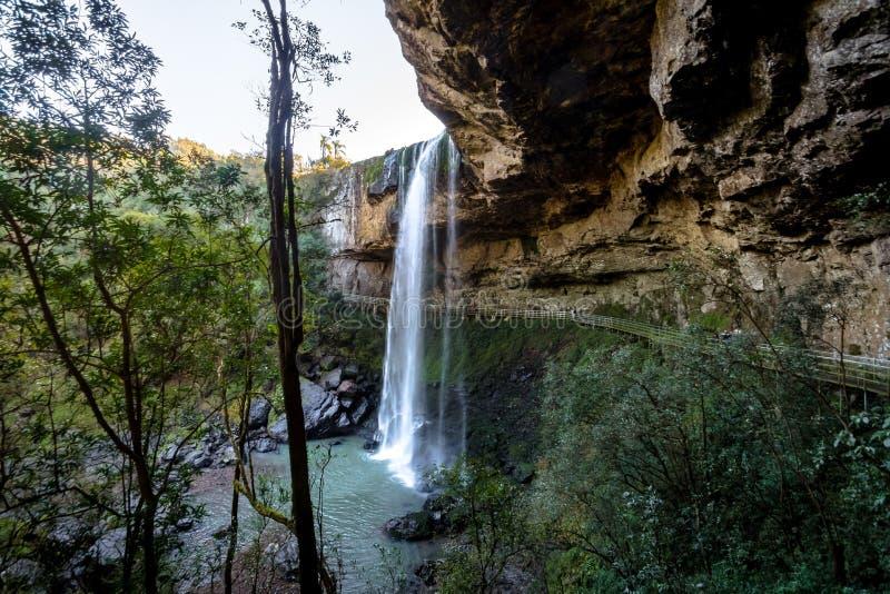 Wasserfall Salto Ventoso - Farroupilha, Rio Grande do Sul, Brasilien stockfotos