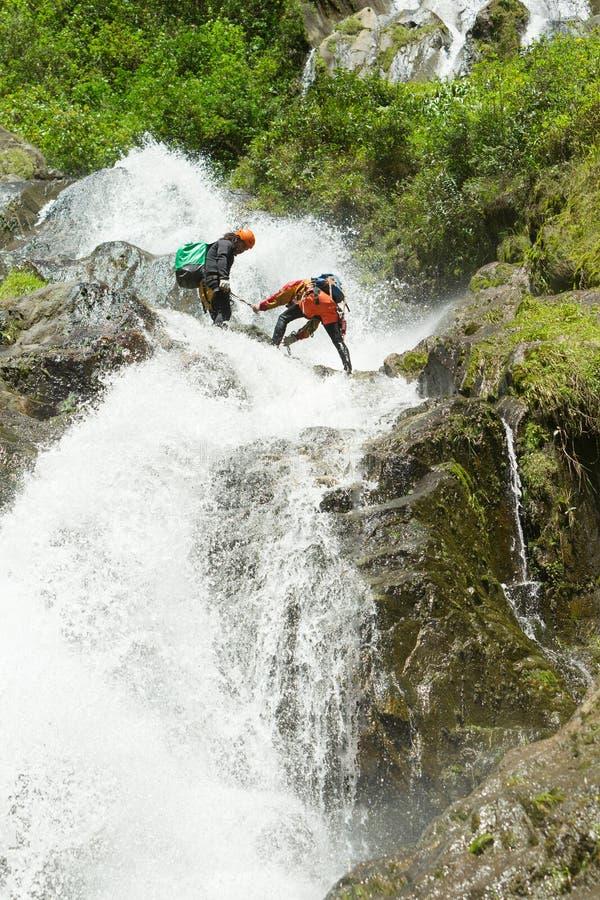 Wasserfallabfall lizenzfreie stockbilder
