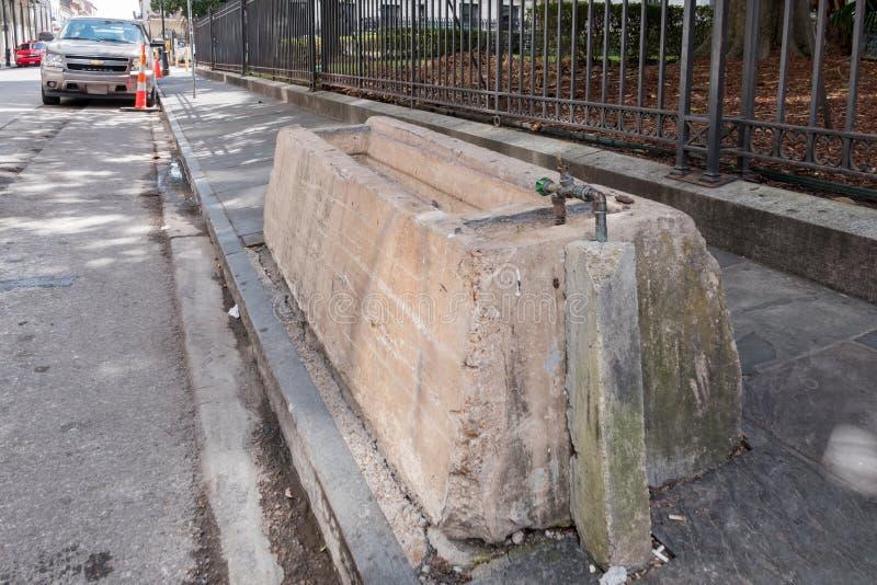 Wasserhahn auf der Straße lizenzfreie stockfotos
