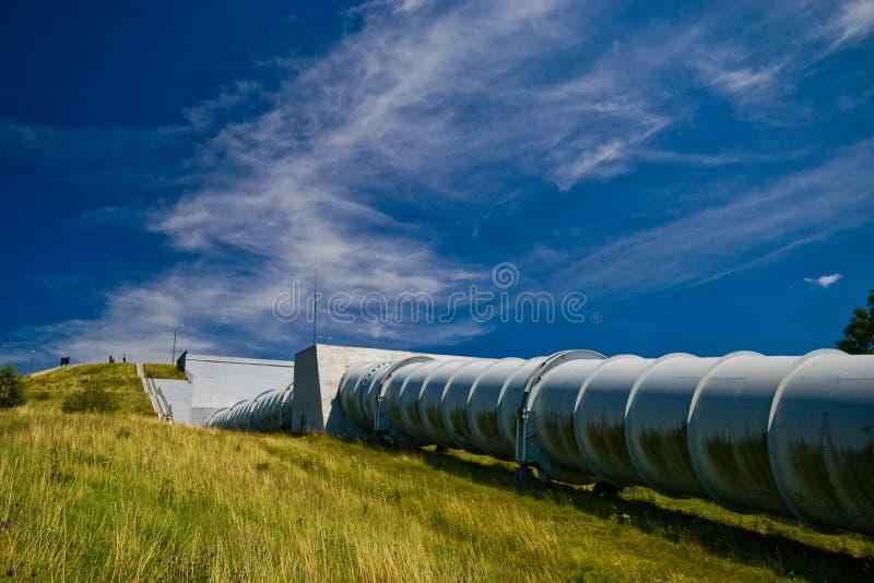 Wasserkraftkraftwerk in Zydowo Polen lizenzfreie stockfotos