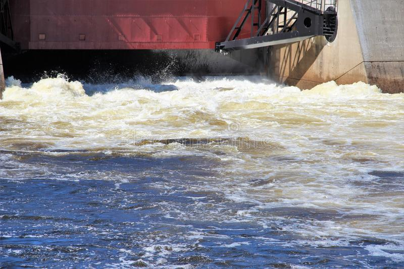 Wasserkraftproduktion stockfotografie