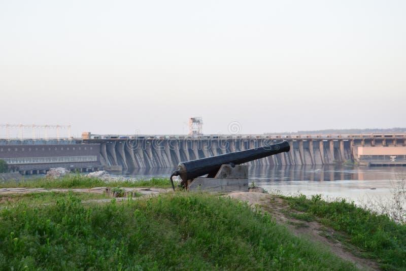 Wasserkraftwerk Zaporozhye lizenzfreie stockfotos