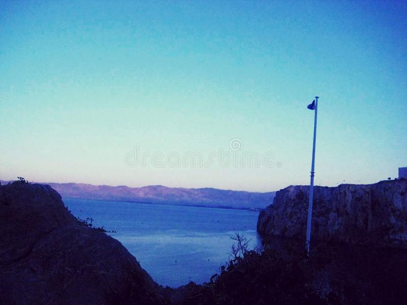 Wassersommerstrand-Sonnenuntergang noperson stockfotos