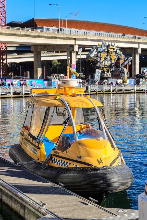 Wassertaxi in Darling Harbour, Sydney, Australien lizenzfreies stockfoto