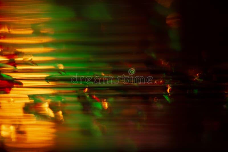 Wassertropfen in den Stürzen der Kunststoffplatte Abstrakte Hintergrundnahaufnahme stockbild