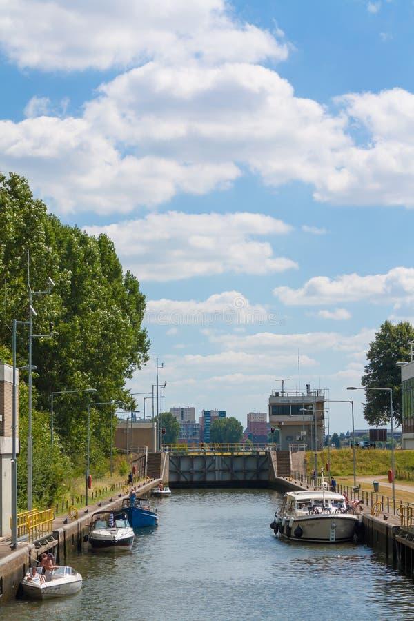 Wasserverschluß Roermond stockbilder